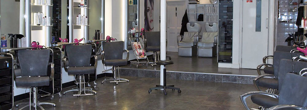 Inside Beyond the Fringe Woolwich hairdressing salon